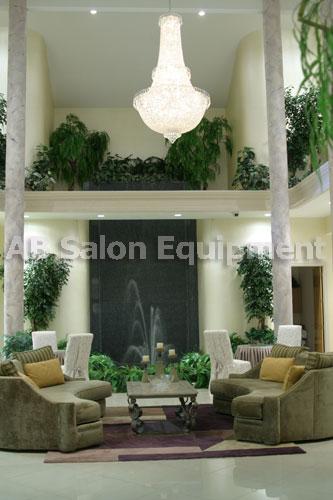 La Mirage Salon